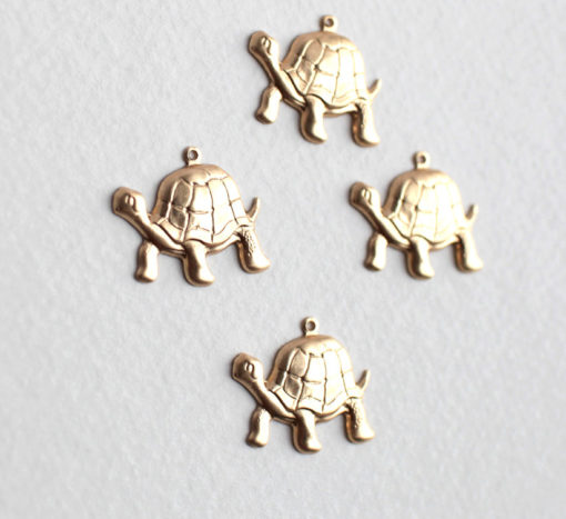 brass turtle charms left facing