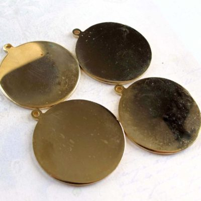vintage gold plated engraving pendants