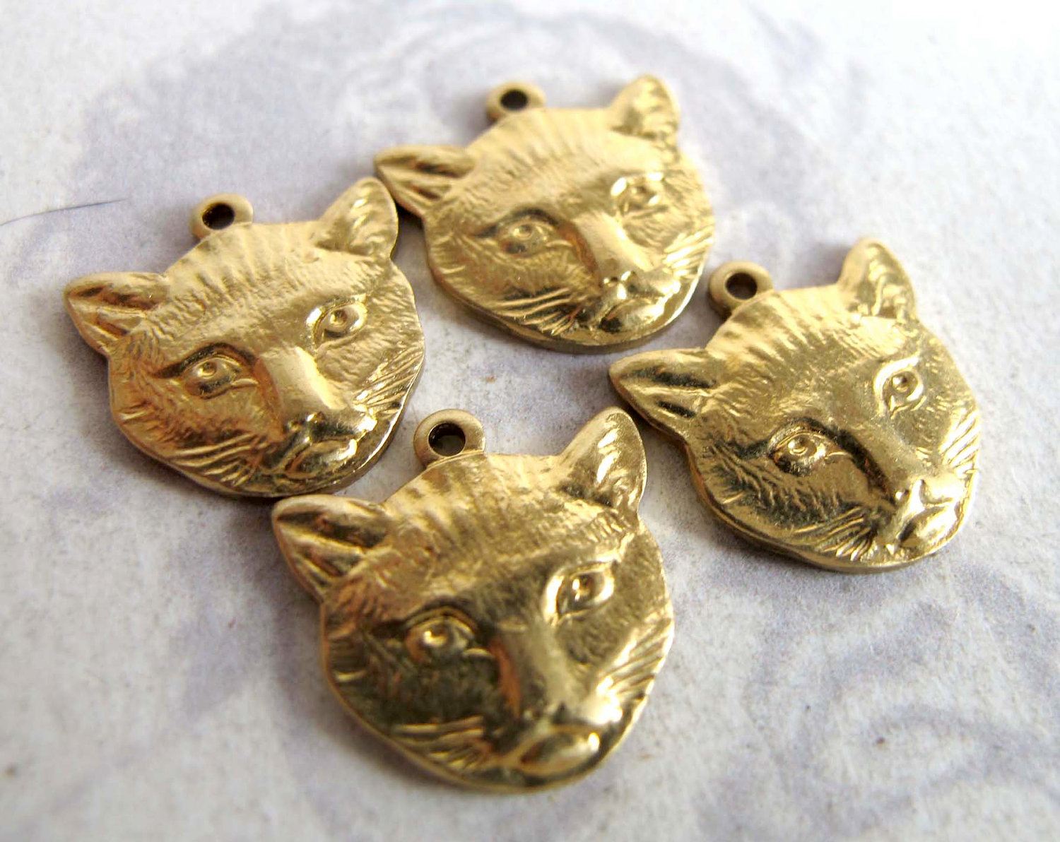 4 S5917 Raw Brass Cat Head Charm Stampings