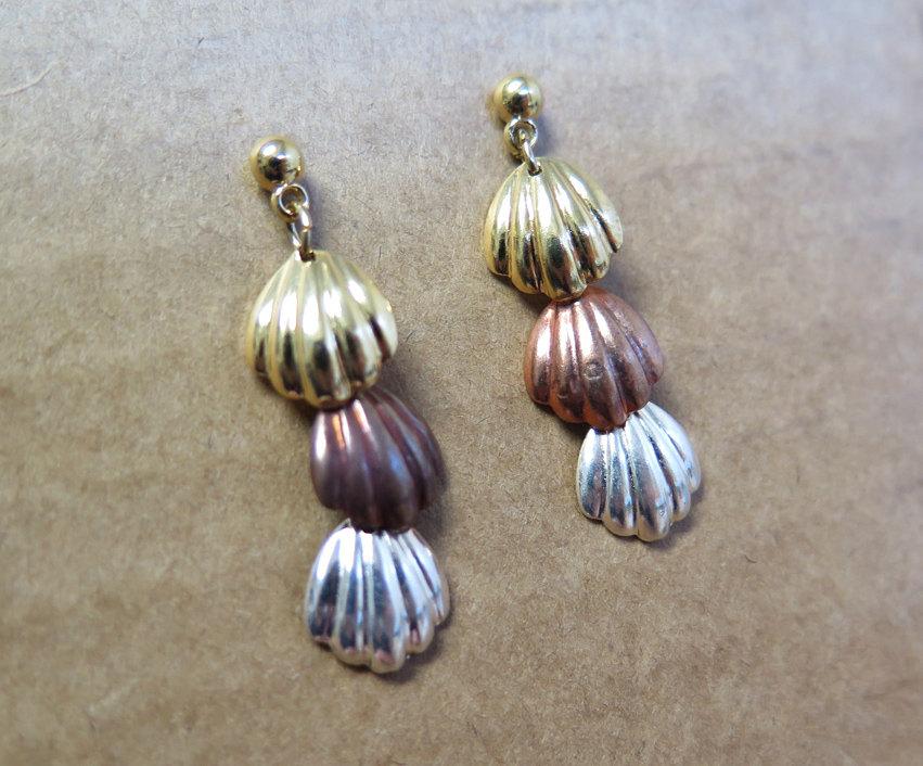 Vintage Seashell Earrings