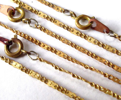 18 inch pressed curb chain necklace with spring clasp