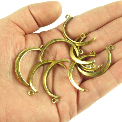 v496 thin crescent shape half circle pendant