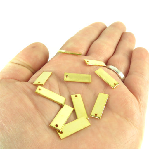 m714 engraving rectangle charms