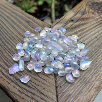 electroplated polished quartz pebbles