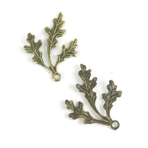 three leaf pendant - ant brass