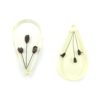 giant resin teardrop pendant w dried flowers
